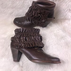Jeffrey Campbell Ruffle heeled boots 9.5